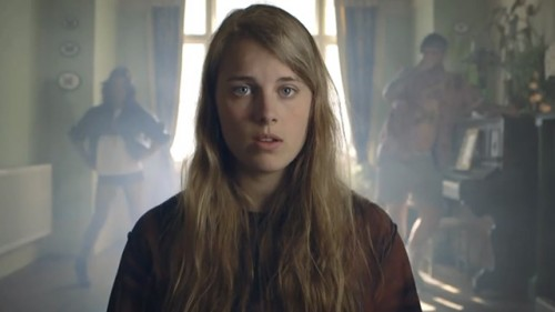 Marika Hackman – Bath Is Black